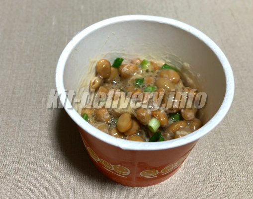 食材宅配パルシステムの産直小粒納豆を混ぜたところ